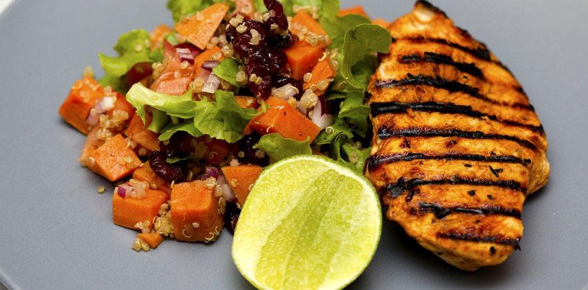 مواد غذایی با پروتئین بالا به ما در لاغری کمک می کنند