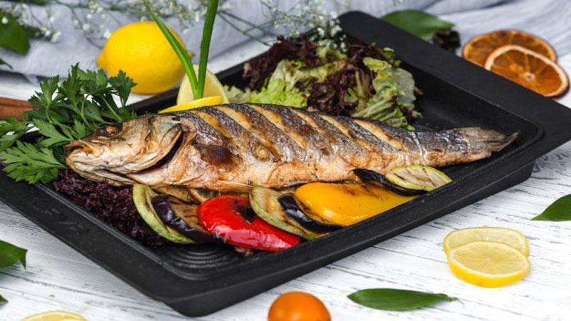 مصرف ماهی روغنی به لاغری کمک می کند